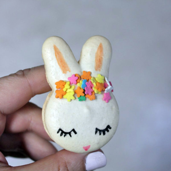 easter bunny french macaron