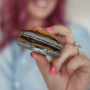 cookie butter s'mores french macaron